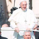 O que se deve fazer para ser santo na vida cotidiana? Papa Francisco responde