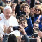 """Audiência: """"Pai-Nosso é uma oração combativa. Deus quer a nossa salvação"""""""